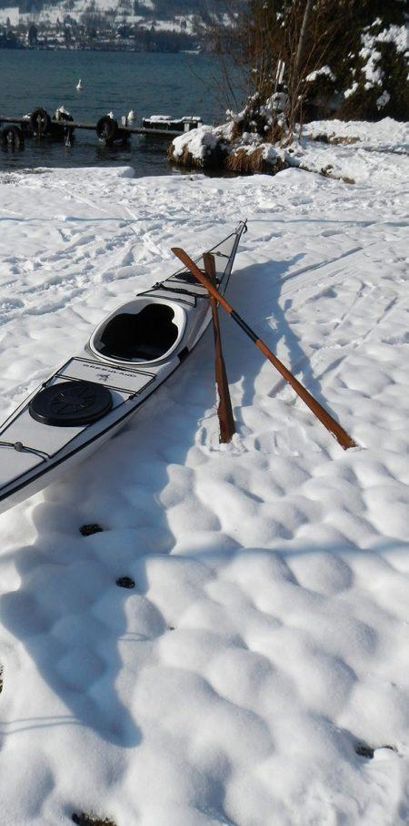 contact-kayak
